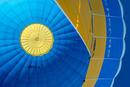 Ballon in Blau und Gelb